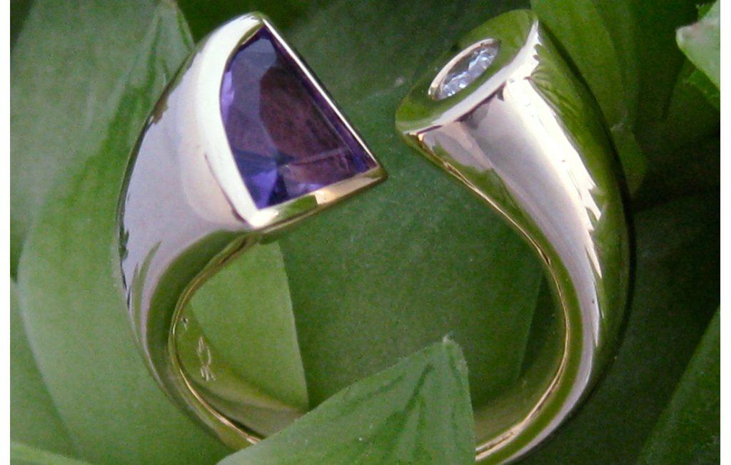 Jan's Ring