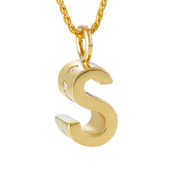 QWERTYs s with diamonds on chain